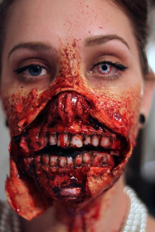zombie-audrey-hepburn-make-up-3